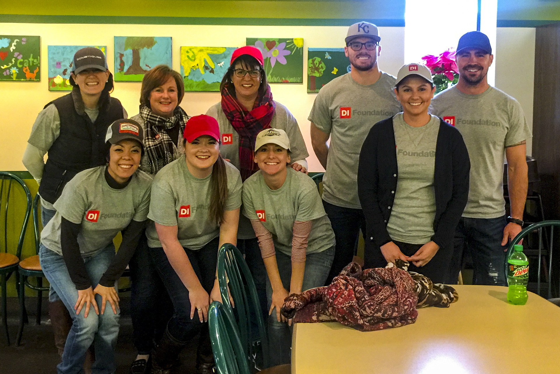 Di Volunteers At Kc Community Kitchen Di Foundation
