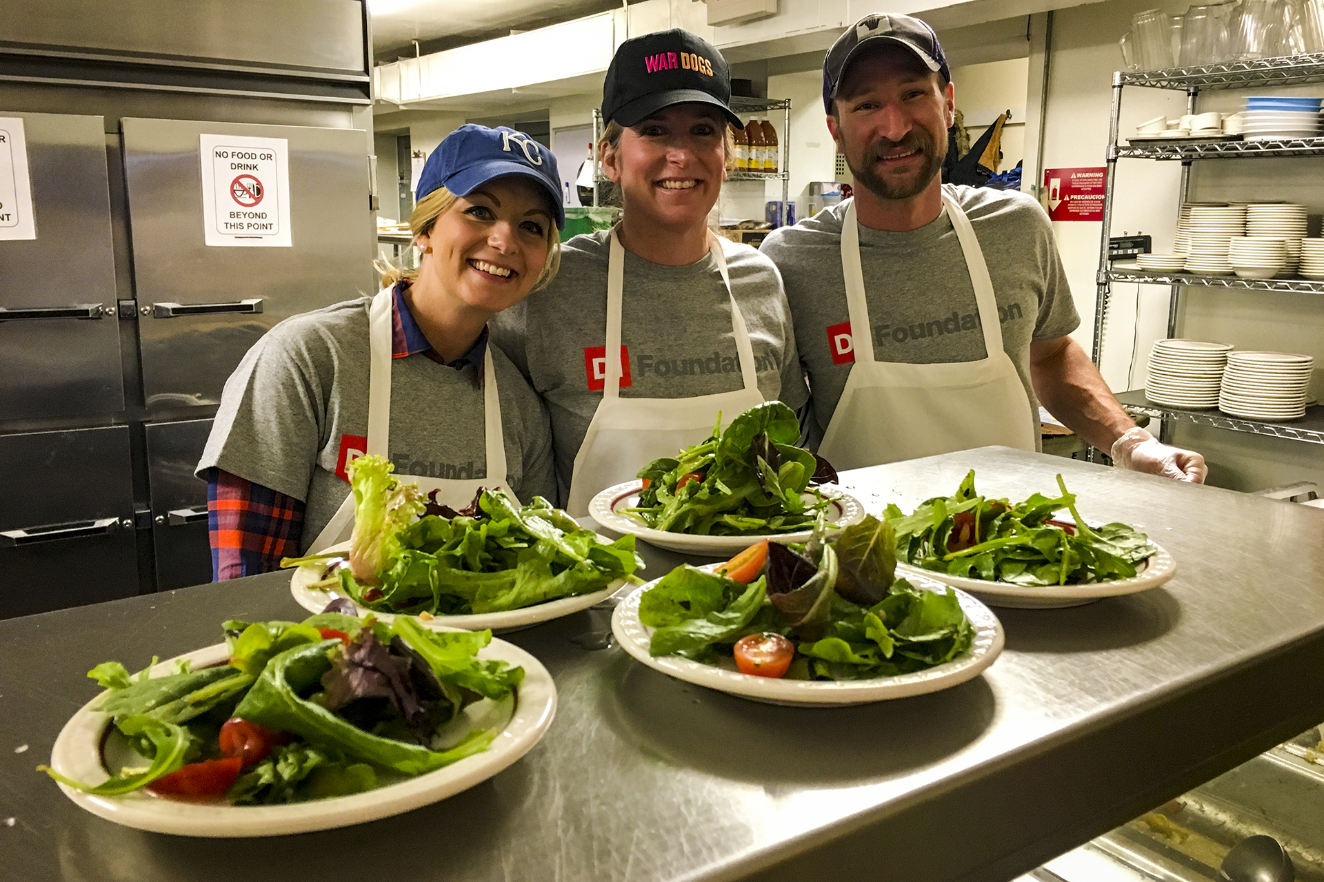 DI Volunteers at KC Community Kitchen | DI Foundation